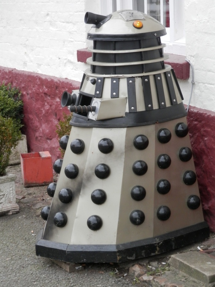 Dalek Wastebin in Aldbourne